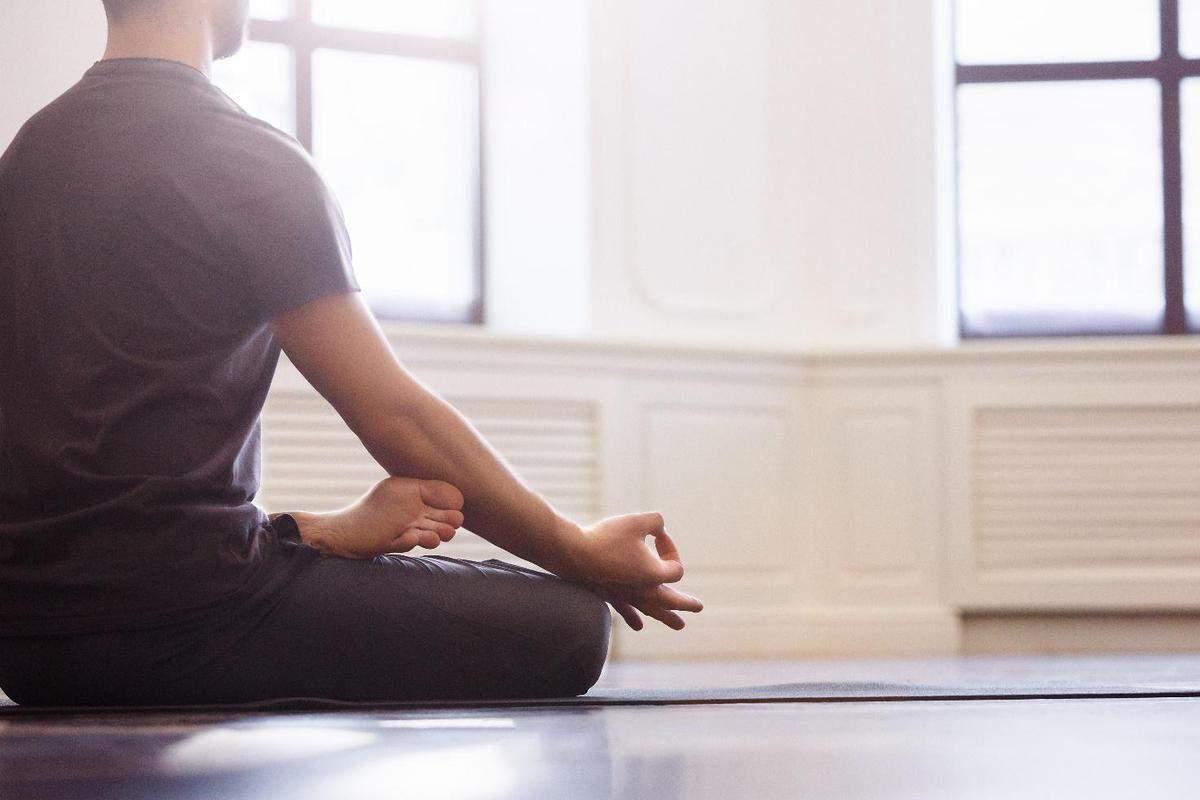 Yoga e sesso: le posizioni che migliorano la vita sessuale